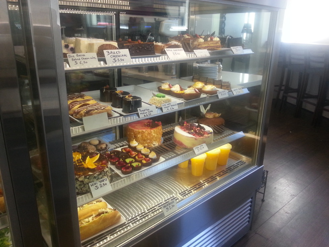 A Taste of France, southbank, crown complex, coffee shop, cafe, croissant, French, baguette, pastries, orange juice, sandwiches, quiches