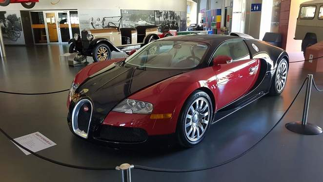 bugatti veyron, supercar, national motor museum, adelaide hills, south australia, morialta, adelaide, rev-heads, car enthusiasts