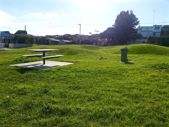 Dare Reserve, Ocean Grove, Playground, Bellarine, Recreation, Play, Child-friendly, park, Picnic Table, rubbish Bin,