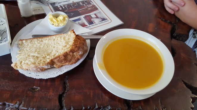 Pumpkin Soup with Damper, Linda's Billy Tea Rooms
