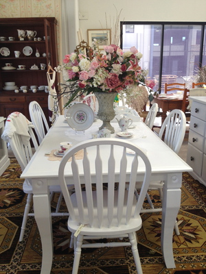 Gorgeous Dining Suite
