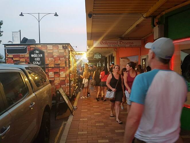 Inglewood Monday Night Markets, street food, buskers, El Argentino, Up In Smoke, the Pasta Truck, Il Panzerotto, Franny's Moving Kitchen, Summer 1954, Just Creme Brulees, Ninja Cuisine, Mozaic Bites, Shak Shuka, The Cheesy Chalet, Turkish Saj,