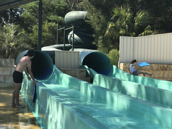 kalamunda water park, water slides perth, outdoor pools perth, water parks perth,