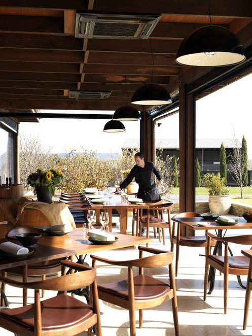 pialligo estate, pialligo, the farmhouse restuarant, garden avilions, ACT, wedding venue, canberra airport,