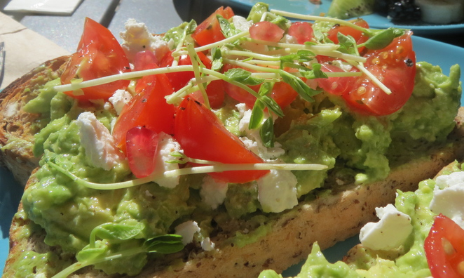 Smashed Avocado @ The Chef's Daughter