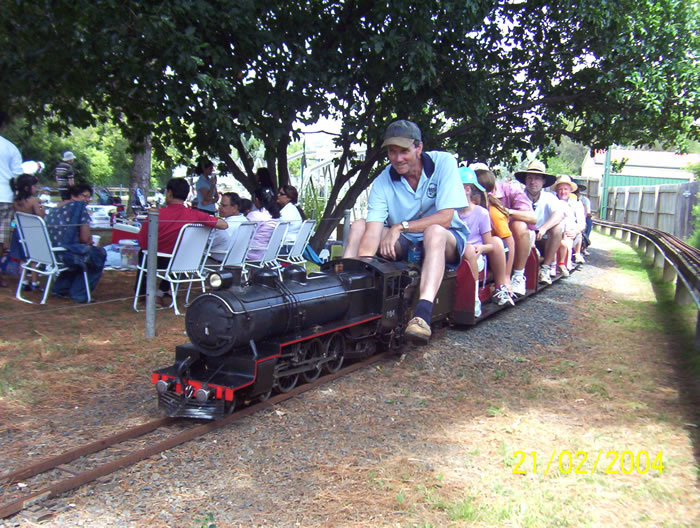 a train ride through sydney Part of the adventure is the train trip to the world heritage area, which is   alternatively, you can tour with blue mountains explorer bus, a regular hop-on,.