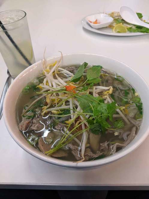bonsai, vietnamese restaurant, lunch, dinner, adelaide, pho, banh mi, bun