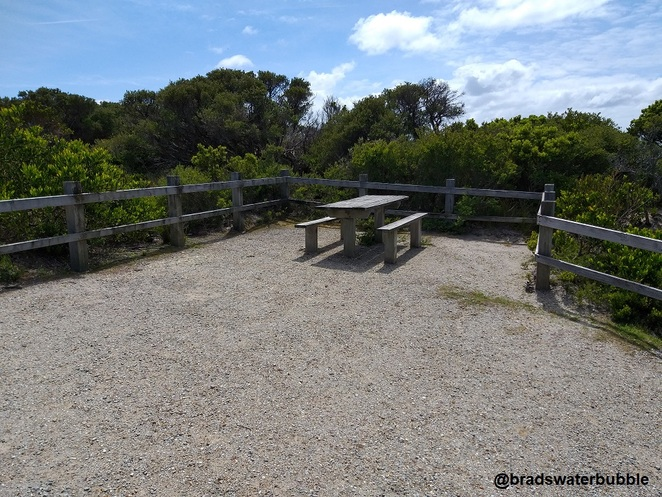 cape liptrap lighthouse picnic tables