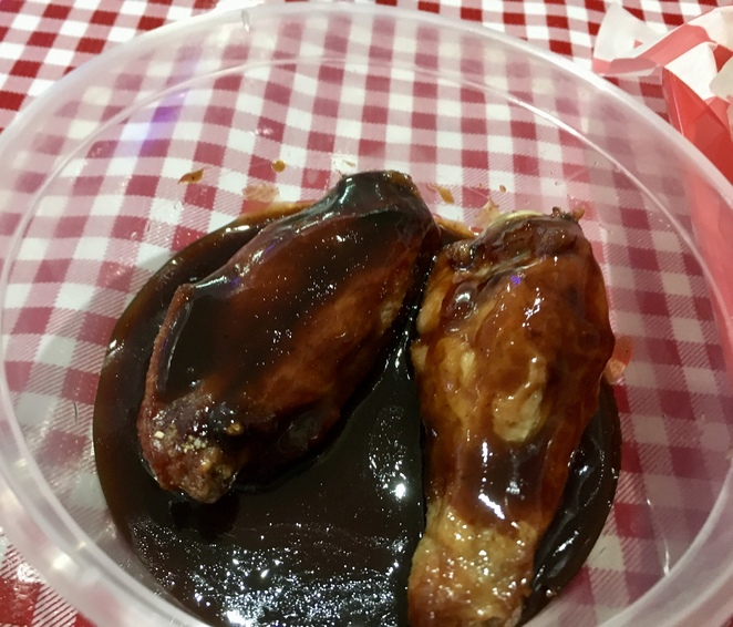 Chicken wings, Memphis BBQ Pit, Image by Jade Jackson, American Diner Penrith, Family Restaurant Penrith, Takeaway Penrith