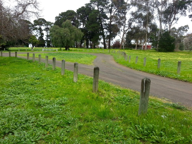 Edsall Reserve, Wallington, Bellarine Peninsula, Parking