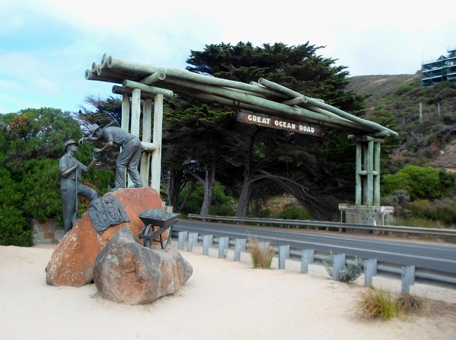 great ocean road, great ocean road memorial arch