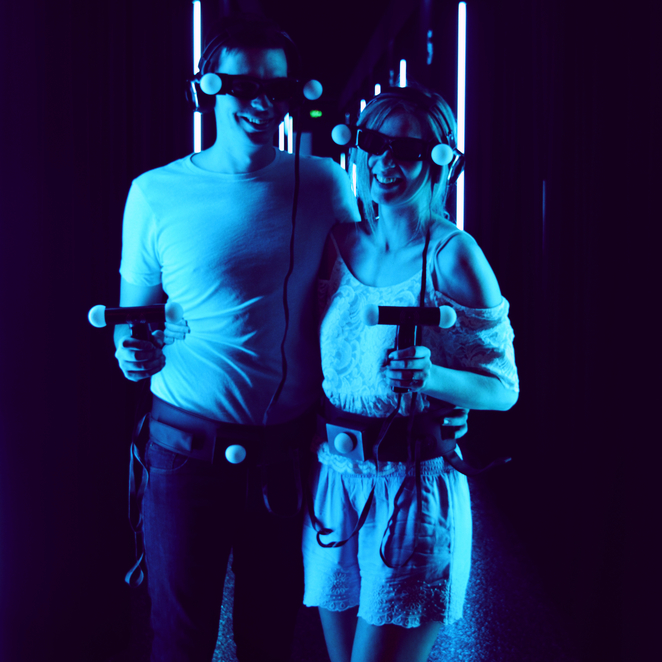 holoverse, hologram, holographic, experience, virtual reality, gaming, game,