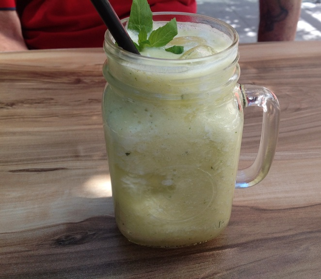 pineapple and mint crush, Basket Brothers