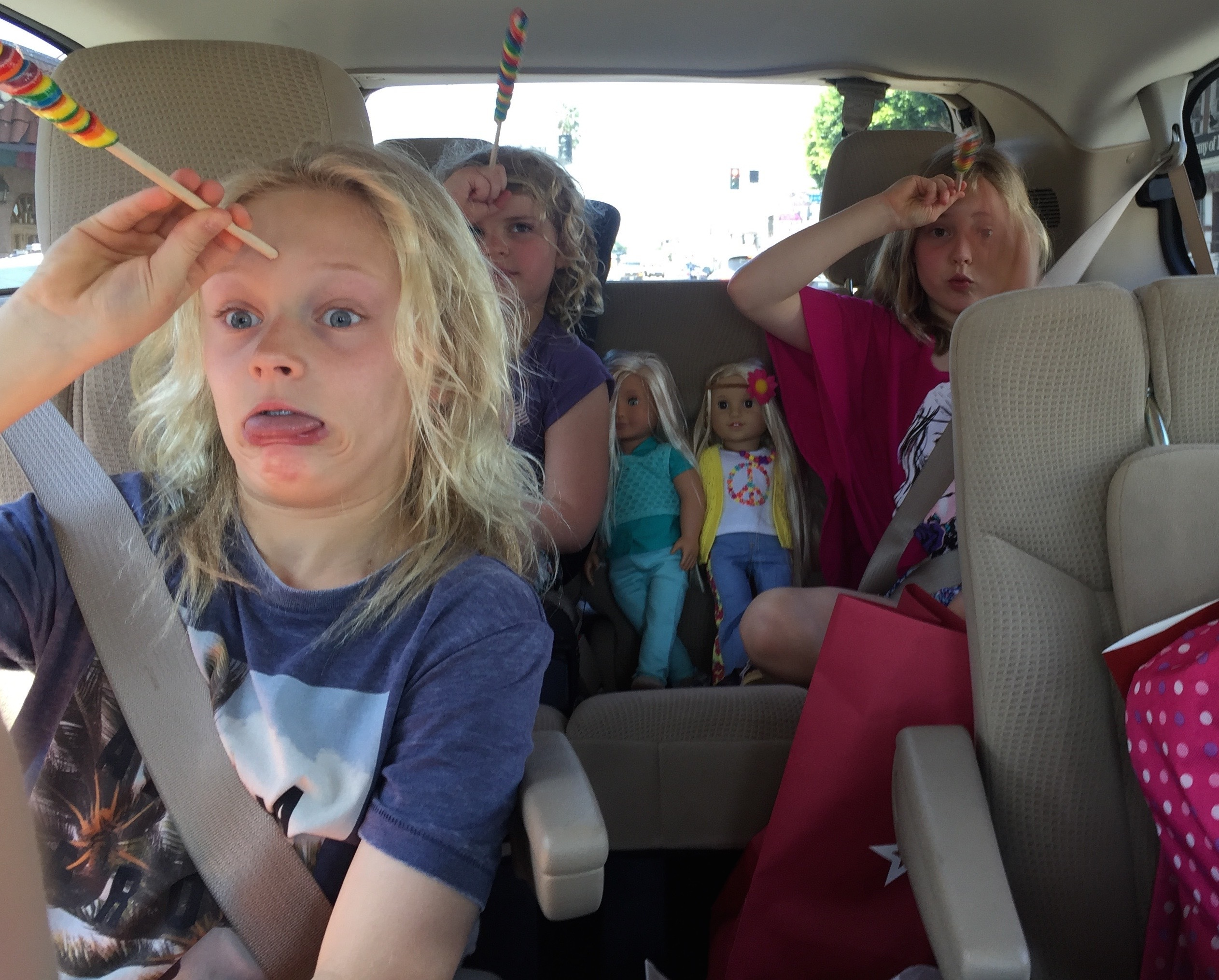 5 Top Tips For Surviving A Road Trip With Kids Everywhere
