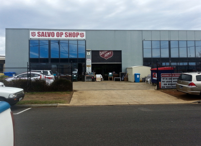 Salvo Op Shop, Salvo's, Ocean Grove, Salvo's thrift shop, Bellarine, Grubb road, op shop, bargain, second-hand, charity, vintage, pre-loved, donations,