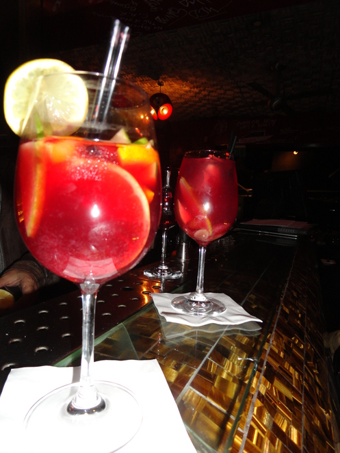 Sangria bars in sydney, Spanish tapas and Sangria in sydney, learn cocktail making in sydney, best Sangria in sydney, sydney best bars