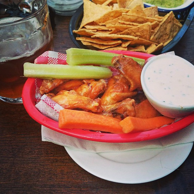 The Hayberry Buffalo Wings North Shore