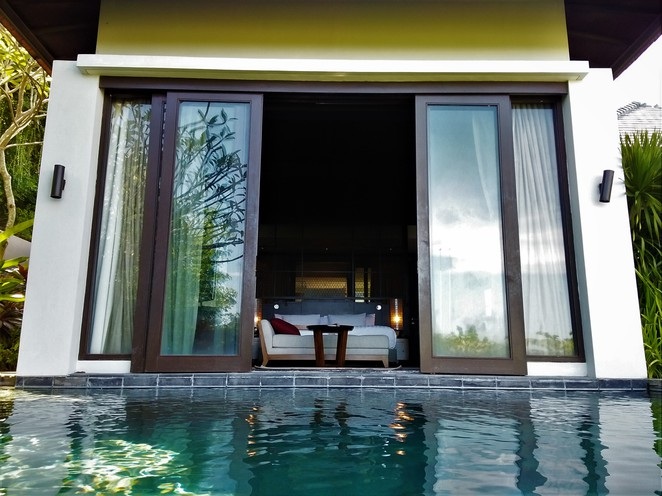 access to bedroom from pool in pool villa at banyan tree ungasan bali