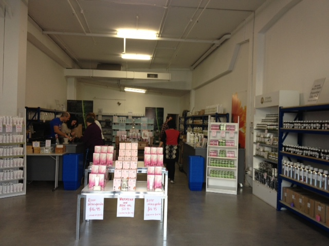 Auroma, collingwood,hallam,hawthorn,factory,direct,sale,sales,cheap,essential,oils,skin,care,bases