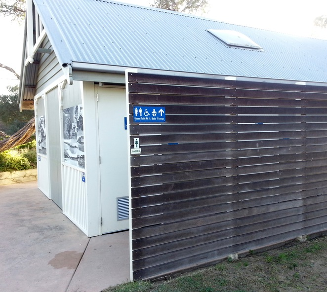Barwon Heads Public Toilet Block
