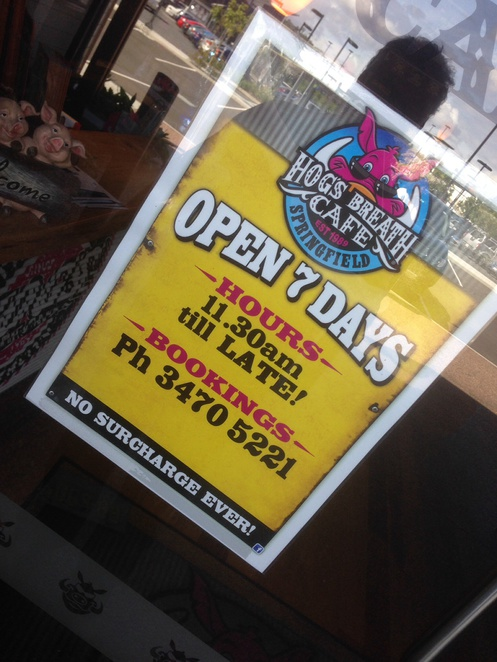 hogs breath cafe, opening times, springfield