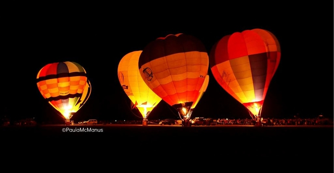 Hot Air Balloon Night Glow (©paula mcmanus)