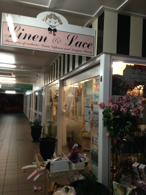Linen, Lace, Ladies Wear, Gifts, Shopping, The Redlands