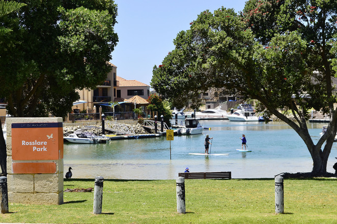 Mindarie, walk, coastal, path, terrain, flat, beach, ocean, water, footpath, cove, inlet, watersports, Rosslare Park, benches, picnic