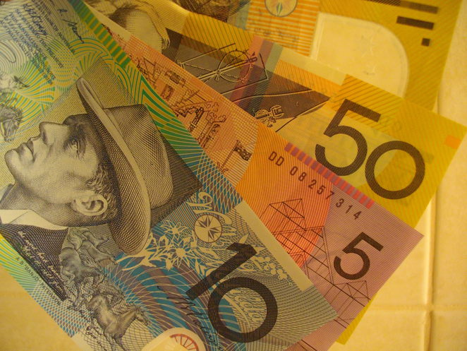 Money, Cash, save on airfares, save money, australian money