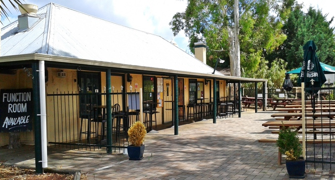 old canberra inn, family friendly pubs, ACT, canberra, lyneham
