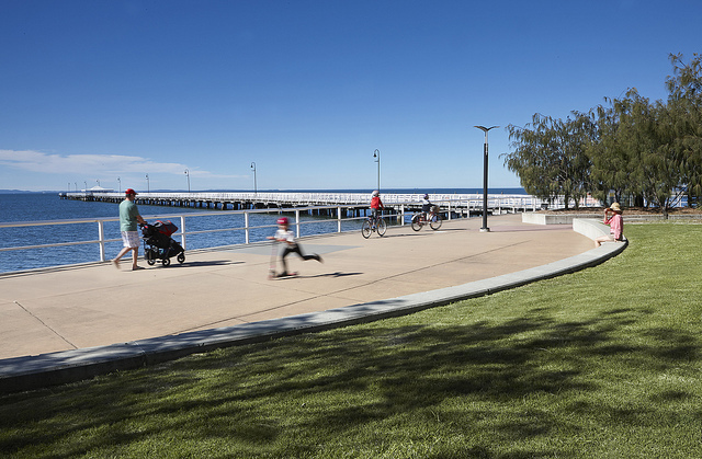 The foreshore in Sandgate with the old pier in the background (Courtesy of Brisbane City Council)
