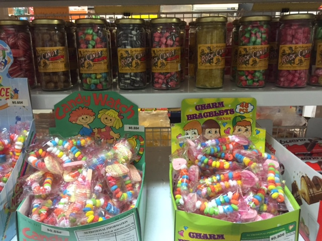 Sunshine Confectionery, open to the public, lollies, chocolates, nuts, colour-theme your event, special occasions, on-line ordering, weddings, christenings, christmas, halloween, mother's day
