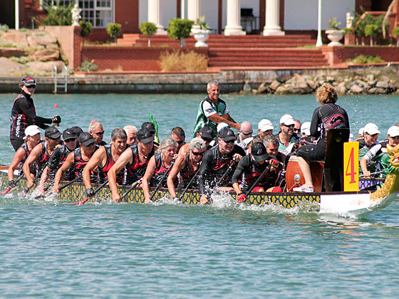Dragon boat racing perth