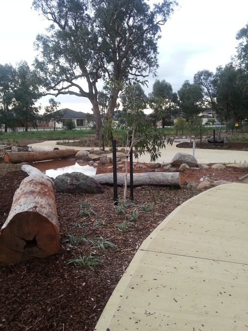 wattle grove, playscape, nature, playground, bike riding, lenihan corner, discovery