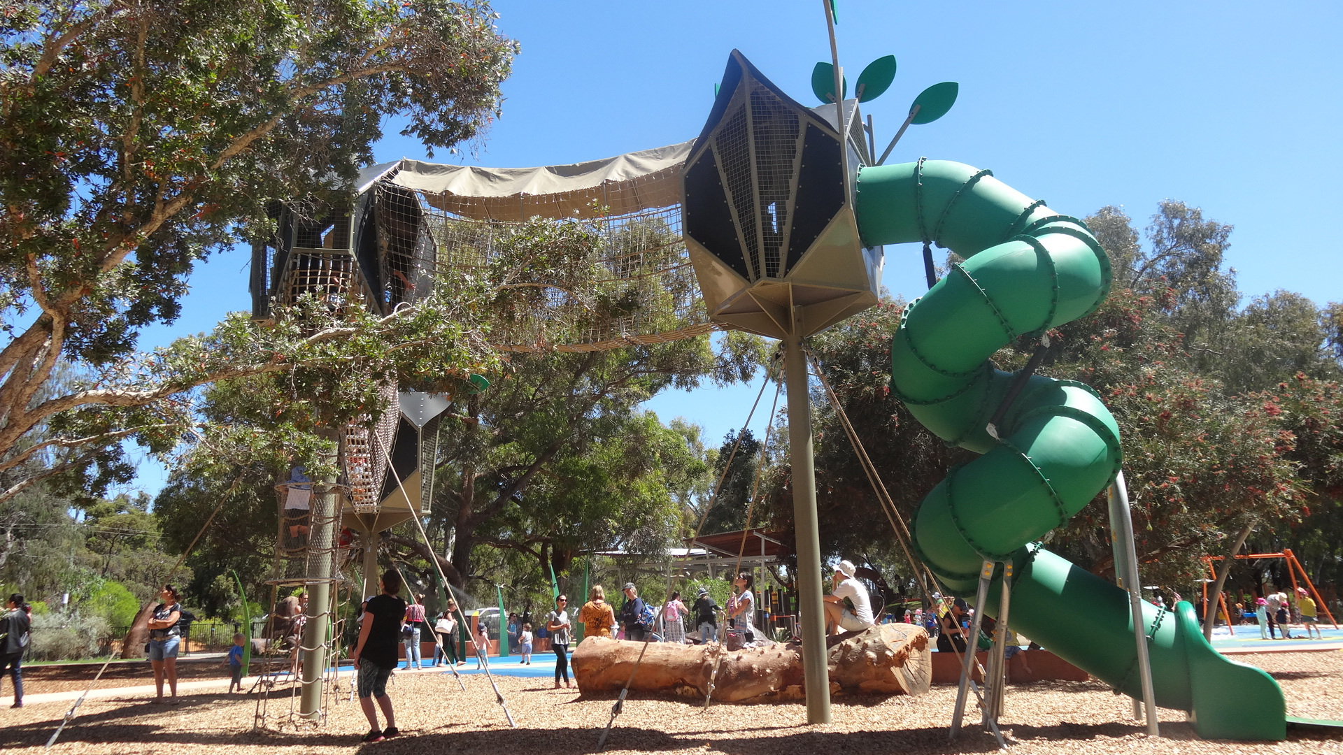 Bibra Lake's new Regional Playground