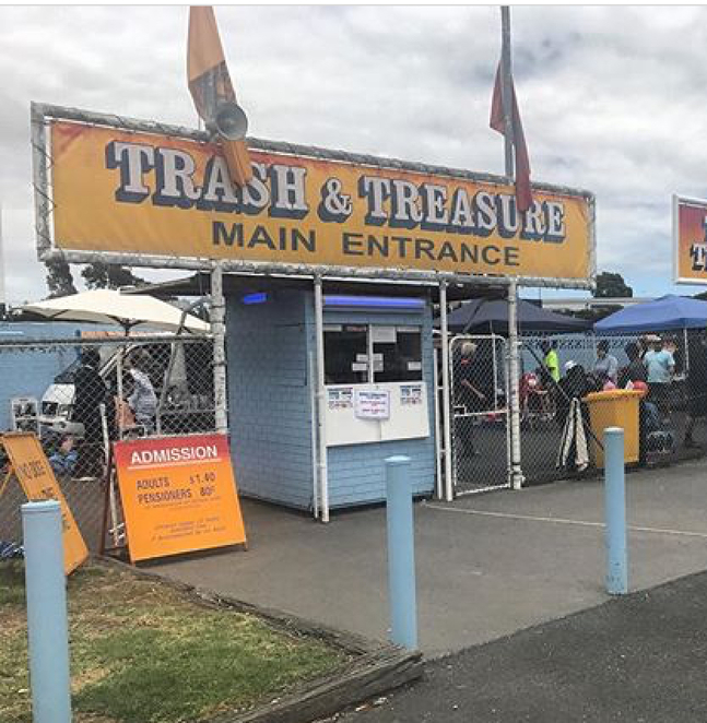 Dandenong, trash and treasure, market, second hand