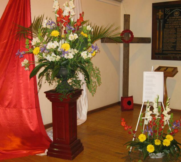 Floral display St Lukes Anglican 2020 Carnival Flowers Cross