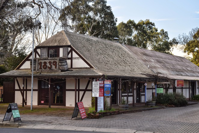 Hahndorf Heritage Walk, Hahndorf Academy, Hahndorf Visitor Information Centre, Hahndorf Inn, German Arms Hotel, Chocolate @ No 5, Ottos Bakery, Cafe Assiette