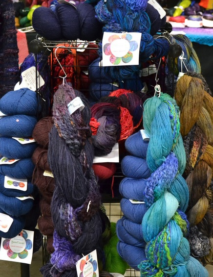 knit, knitting, yarn, handmade, wool, silk, mohair, cable, stitches,