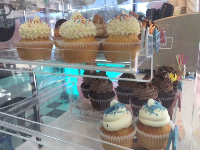 Cupcakes, pre-ordering cakes, quiche, frittata, coffee, milk shakes, frappes
