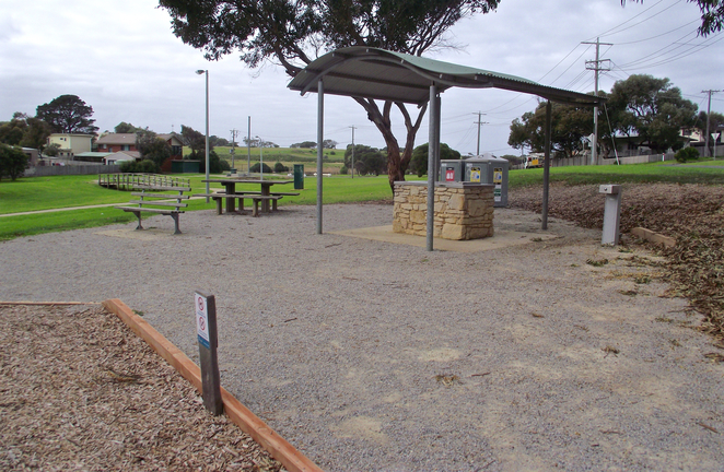 jan juc, Jan Juc creek, playground, park, grass, torquay, picnic spot, picnic shelter, public bbq, electric bbq, public barbecues, picnic tables,