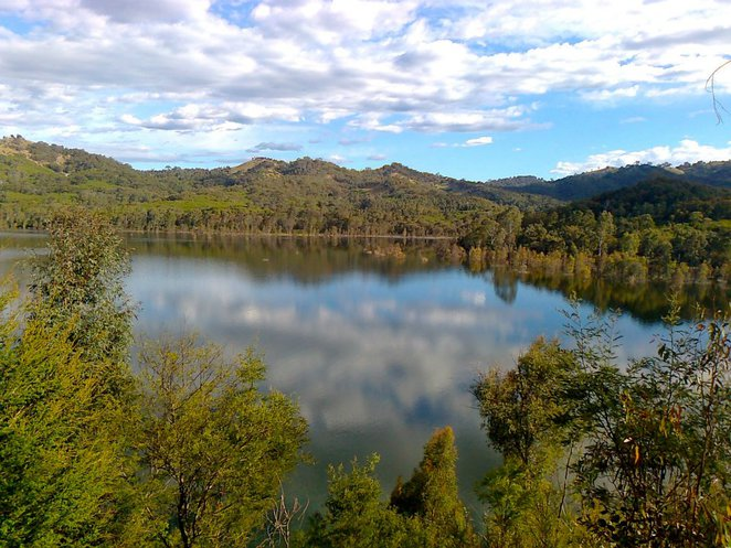lake, eildon, national park, park, victoria, camping, nature, outdoors, clouds, sun