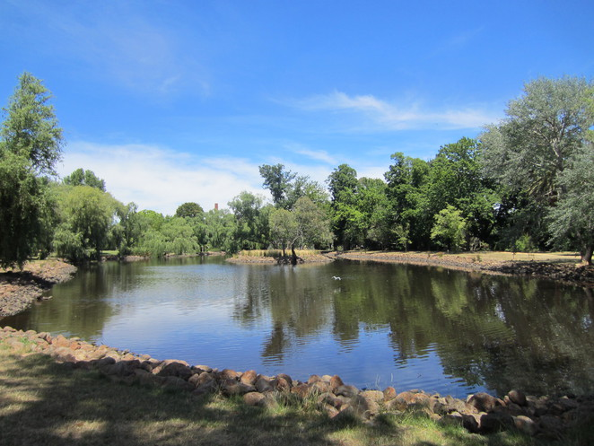 Lake Joanna, Castlemaine Botanical Gardens
