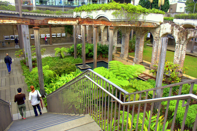 Steps down to Paddington Reservoir Gardens