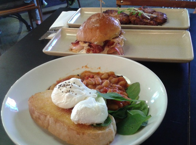the meating room, weston creek, grill, cafe, bar, weston, new, live music, live bands, nightlife, breakfast, lunch, dinner, sporting events, christmas parties, functions,