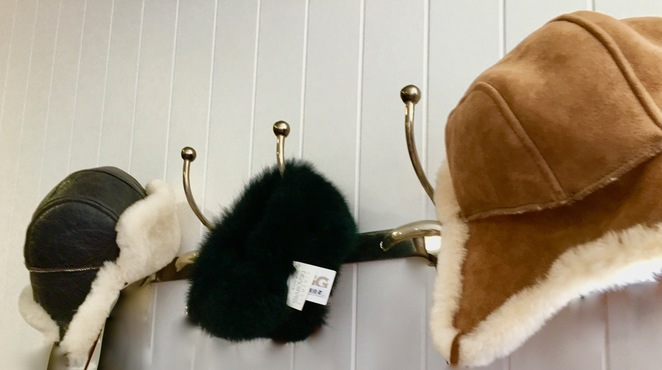 ugg,boots,factory,store,gold_coast,fashion,sheepskins,leather,ear_muffs