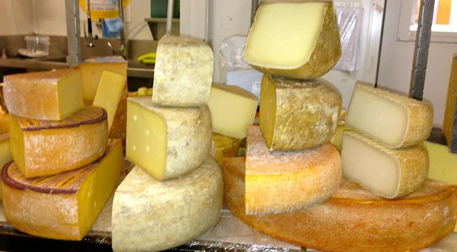 cheese after dark, community event, fun things to do, cheese lovers, the smelly cheese shop, class, artisan makers, sensory analysis, fine cheese