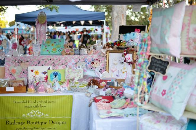 Christmas markets blue mountains, rotary markets Glenbrook, Christmas markets