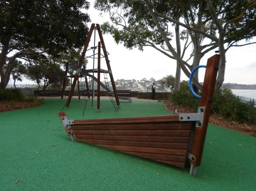 clyne reserve play equipment millers point