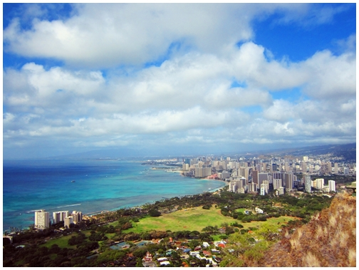 Diamond Head State Monument, Diamond head crater, tuff cone, volcanic crater, Hawaii, Honolulu, Waikiki, panaromic view